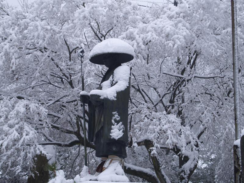 白峯寺の冬